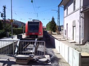 Ebersberg, Gleis 1, im Spätsommer 2011